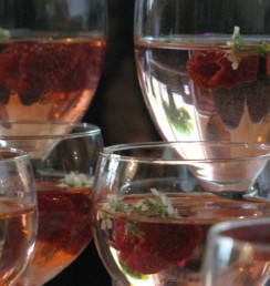 Elderflower syrup & Raspberries drinks
